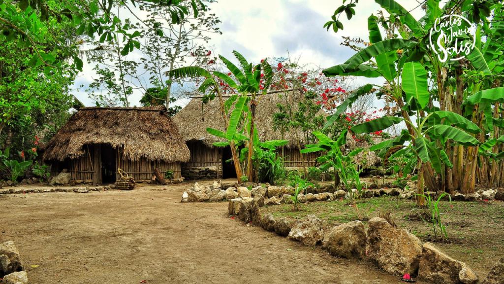 Foto de un pueblo maya, una de las experiencias imprescindibles que vivir en Cancún